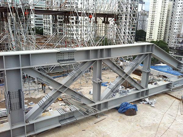 Estruturas metálicas pesadas